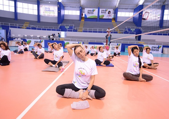 http://www.miraflores.gob.pe/Gestorw3b/files/img/8834-16725-yoga3.jpg