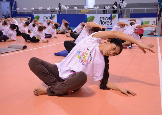 http://www.miraflores.gob.pe/Gestorw3b/files/img/8834-16727-yoga5.jpg