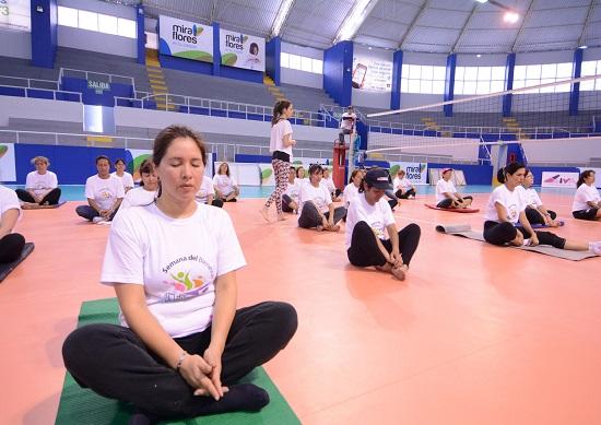 http://www.miraflores.gob.pe/Gestorw3b/files/img/8834-16728-yoga2.jpg