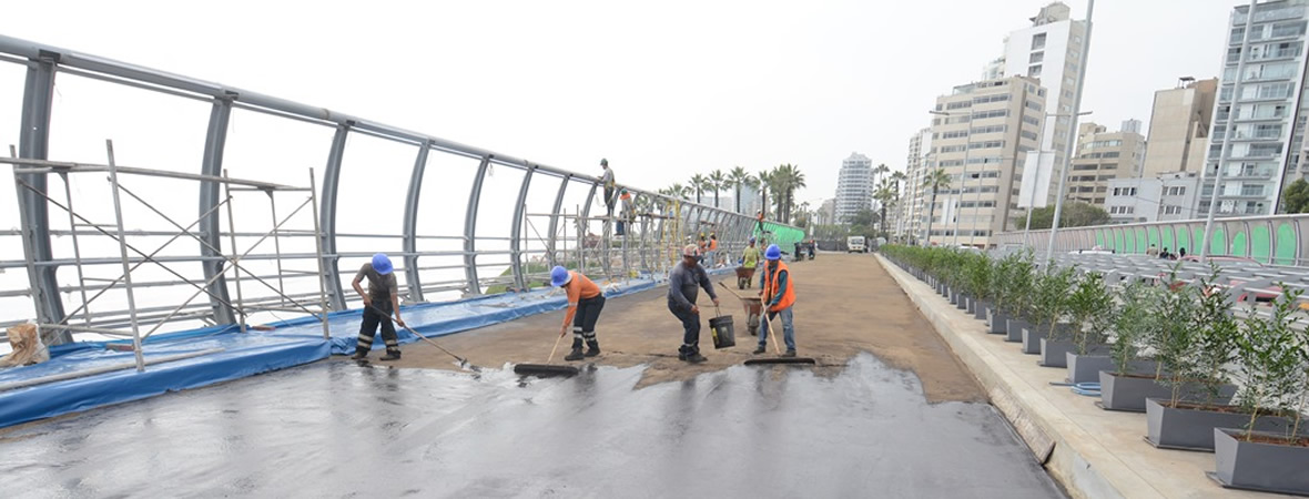 http://www.miraflores.gob.pe/Gestorw3b/files/img/9396-19984-puente-villena-en-trabajos-de-mantenimiento-referencial.jpg