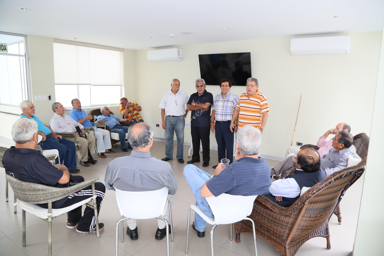 http://www.miraflores.gob.pe/Gestorw3b/files/img/9529-20661-torneo-de-billas-para-adultos-mayores--14.jpg