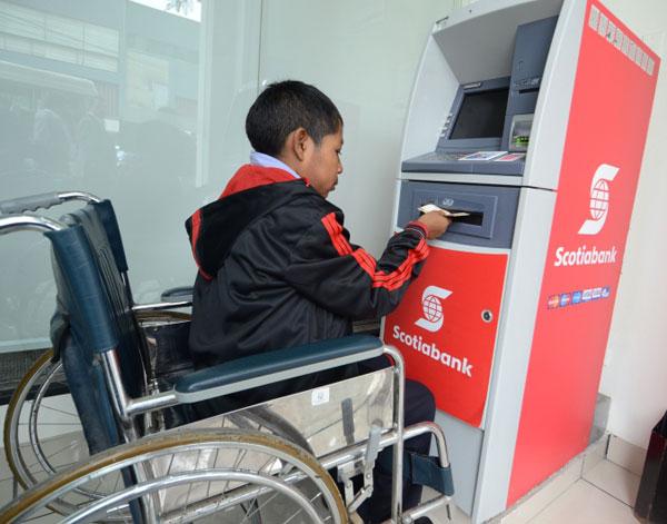 Cajero accesible del Scotiabank ubicado en la Av. Larco 519