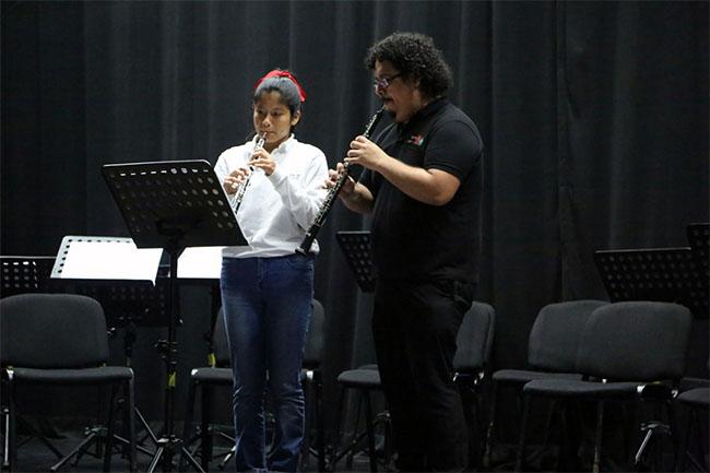 Núcleo de Miraflores y Sinfonía por el Perú @ Sala Tovar